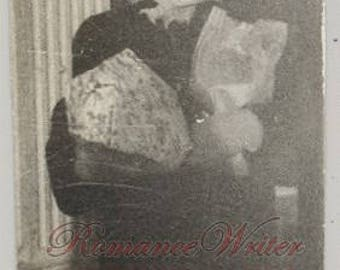 U11501 Vintage Photo of a Woman With Her Arms Full of Packages