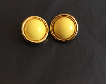 80s Gold and Yellow Stud Earrings // Round Vintage Earrings