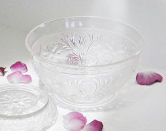 Anchor Hocking Punch Bowl with Stand Sandwich Pattern