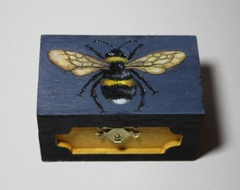Bee Painting Jewelry Box