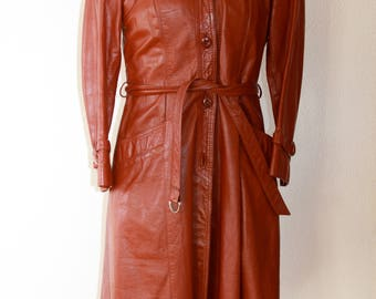 1970s Vintage Leather Coat with faux fur lining