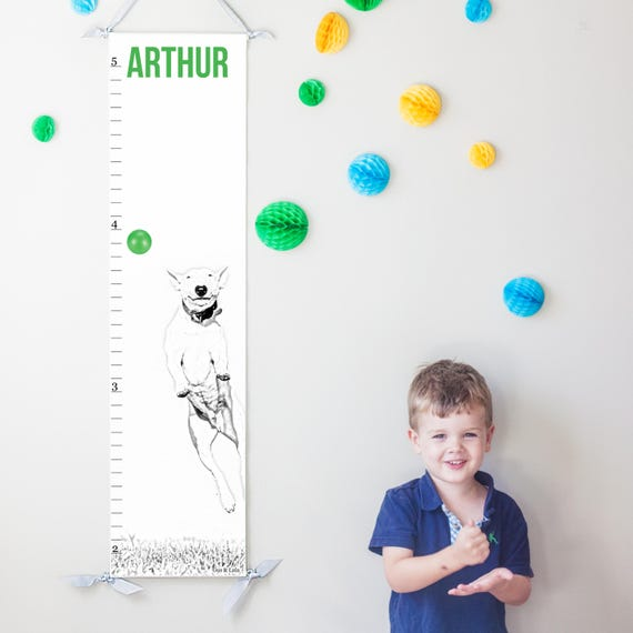 Dog canvas growth chart with green accents