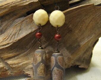 Tibetan agate dangle earrings