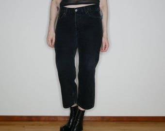 "90s Black denim cropped Levi's 550 waist is 29"""