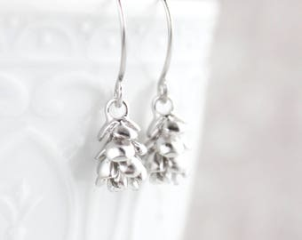 Silver Pinecone Little Dangles Earrings Small Pine cone Nature Jewelry Woodland Wedding Gift for Her Women Small Modern Drop Earrings