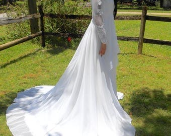 Vintag 1980s long-sleeved draped lace wedding gown, size 0
