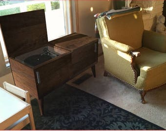 Record Player Cabinet In Mid Century Modern Style Turntable Stand With  Sliding Doors U0026 Album