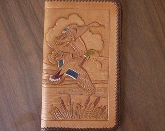 Tooled wild ducks in flight checkbook wallet / tooled duck wallet / tooled duck checkbook / tooled leather wallet / tooled lake scene / vtg