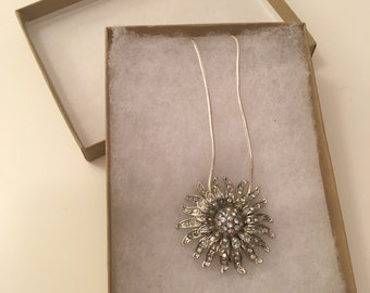 Vintage 1960s Sunburst Rhinestone Pendant Necklace
