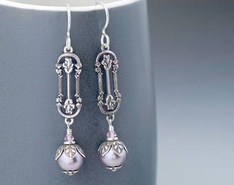 Mauve Victorian Earrings Drop, Light Purple Swarovski Pearl Earrings, Mauve Earrings, Silver Filigree Earrings, Pearl Dangle Earrings, Gulla