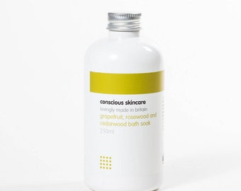 Bath Soak. Grapefruit, Rosewood and Cedarwood. Organic. Vegan. 250ml. Natural Bath Soak. Gift for Her. Bath and Beauty. Natural Bath Soak.