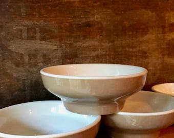 Three Paul McCobb Cereal or Grapefruit Bowls, Solid Tan and White MCM Dishes by Jackson China Falls Creek, 1960s