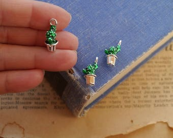 5pcs Small Dainty Silver and Green Cactus Potted Plant Pot Charms 19mm (SC3262)