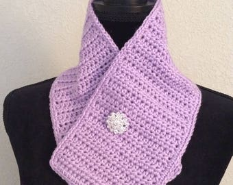 Lilac Scarflette with decorative pin