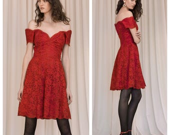 vintage 80s VICKY TIEL COUTURE red lace off the shoulder sweetheart boned cocktail dress