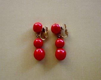 Red Dangle Goldtone Clip Earrings/ Vintage Earrings