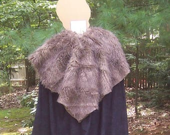 Game of Thrones Cape with Brown Wolf Fur- WInterfell Cloak - Jon Snow -Knight's Watch - Ned Stark - Robb Stark - Medieval Costume - Viking
