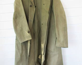 WWII Army Raincoat - Full Length - Water-proofed Canvas - Raglan Sleeves - Button Placket - Size Medium - 'The Oak Rubber Co.' - 1945