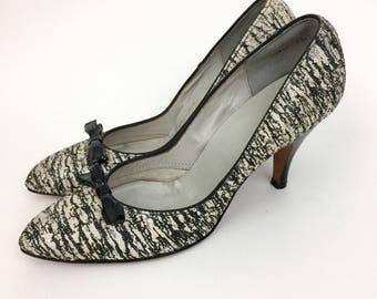 Vintage 50s Black and White Heels Pumps Shoes Raffia 8.5