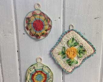 Vintage crocheted hot pads