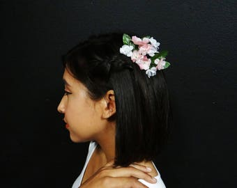 white and pink Flower Hair Comb - Fae Flower comb - Flower Hair Piece
