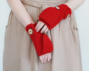 Crochet Convertible Mittens In Red or Blue, Women Winter Gloves With Flip Tops, Wool Hand Warmers