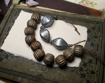 Vintage Oxidized Metallic Beads | 17 Silver Tone Barrel, Tapered Oval, & Small Round Beads  | 1980s Metal Beads | Ribbed Chunky Large Hole