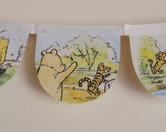 MINIATURE Classic Winnie the Pooh story book banner