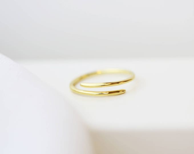 Spiral rings, Simple Rings, Thumb of ring , Phalanx spiral ring, Minimalist silver ring // Dainty Rings