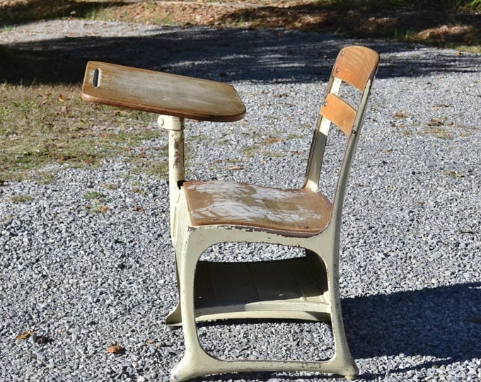Vintage School Desk Child Size Beige Putty Retro School Desk with Chair Kindergarten Kid Home School Panchosporch