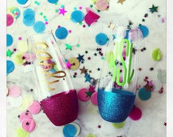 Personalized 10oz stemless glitter bottom champagne glass