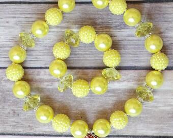Yellow Bubblegum Bracelet, Yellow Enchanted Rose Bracelet, Chunky Beads, Stretchy Bracelet, Birthday Outfit, Holiday, Girls Gift, Cake Smash