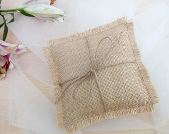Ring bearer pillow with jute, Rustic ring bearer pillow,rustic ring box, Personalize With Initials, 3 size , wedding decoration