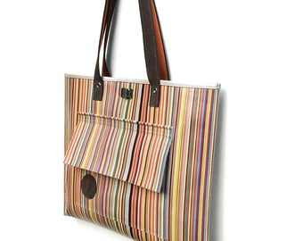 Multicolor folder bag made of stripes printed leather, simple but snappy, perfect for everyday, light and large; Give it to her