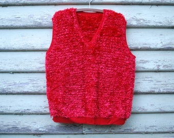 Vintage 70s Sweater Vest Top Retro Kitsch Red Shag Knitted V Neck Hippie Jumper Vtg 1970s Size M-L