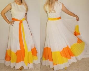 Vintage Jack Bryan Colorblock Full Sweep Accordion Pleat Statement Art Mod Boho Maxi Party Dress
