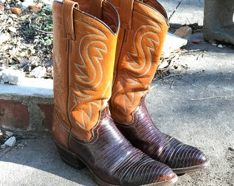 Cowboy Cowgirl Boots Wrangler WB Masterson Special Edition/2  Tone Brown/Traditional Style/Pointed Toe/Mens 7 Womens 9/Western Wear/1960s 70