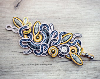 Unique handmade soutache bracelet.