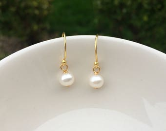 24K Gold over Sterling Silver Tiny Freshwater pearl drop earrings small pearl bridal earring simple pearl bridesmaid earring wedding jewelry