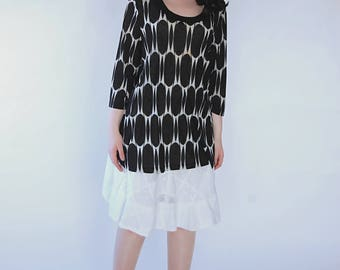 Vintage 90s/1990s top t-shirt tunic Graphic Black and white Transparent tunic Size L/XL oversize