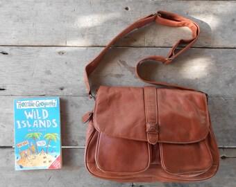 Vintage Leather Bag BELLES RIVES Leather Messenger Bag , Crossbody Bag / Medium / Soft Leather