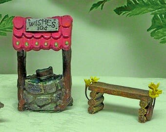 MINIATURE WISHING WELL Fairy Wishing Well Resin Well Garden Wishing Well Wishing Well with Pink Roof Inside or Outdoor
