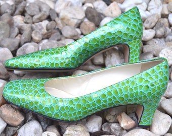 Nordstrom Gorgeous Blue Green Patent Leather Croc Embossed Pumps Heels Womens 8