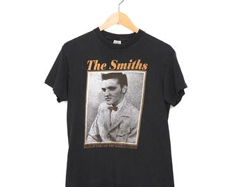 Vintage The Smiths T-shirt - 90s The Smiths Shoplifters Of The World Unite T-shirt - 90s Goth Grunge The Smiths Faded Black T-shirt