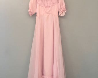 Vintage Ball Gown Pink Small 50s 60s Ruffle Lace Taffeta Princess Prom Sleeves Blush Pink