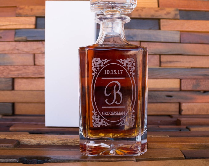 Engraved Whiskey Glass Decanter, Vintage Whiskey Decanter, Whiskey Barrel Liquor Holder Set, Groomsman Wedding Set, Groomsmen Gift Idea D01