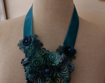 Gorgeous Dyed Lace Necklace