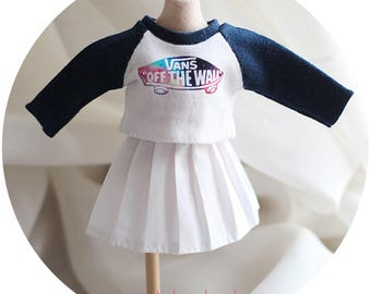 Blythe/kukuclara shirts and dress set (navy vans logo)