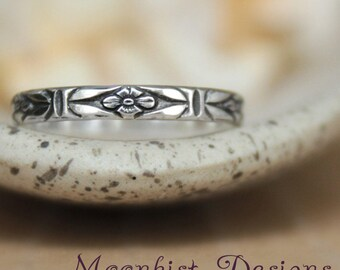 Forget Me Not Band in Sterling - Silver Narrow Flower Band - Stacking Art Deco Ring - Silver Floral Pattern Band - Fashion Stacking
