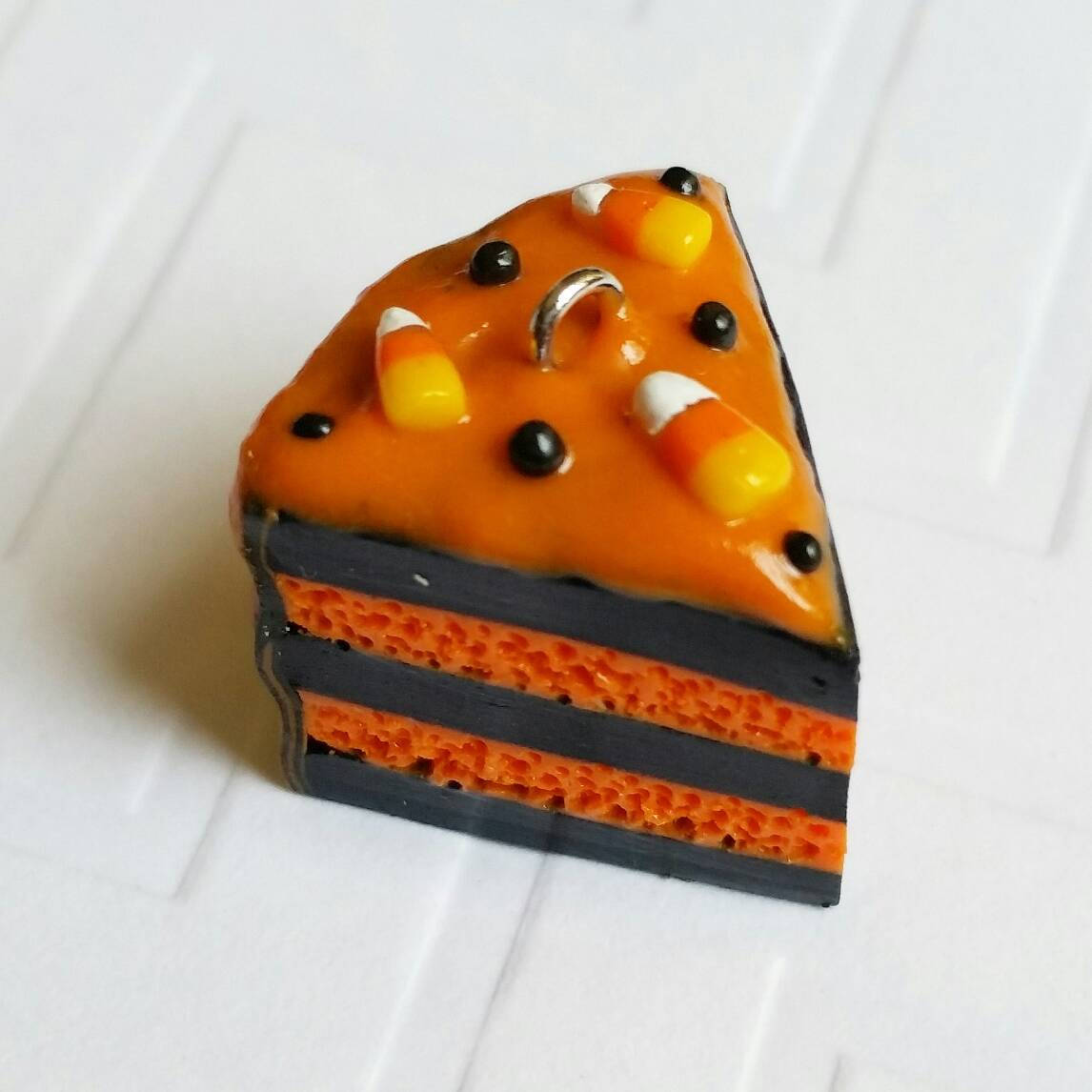 halloween themed cake keychains. miniature, polymer clay halloween